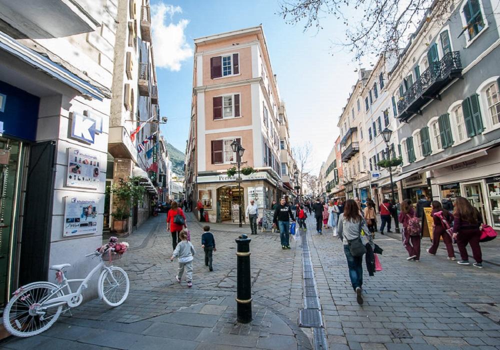 Tagesausflug nach Gibraltar. Main Street