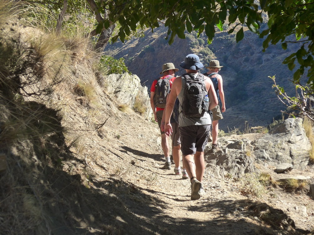Senderismo en la Sierra de Aracena y visita de la Gruta de las Maravillas, Andalucía