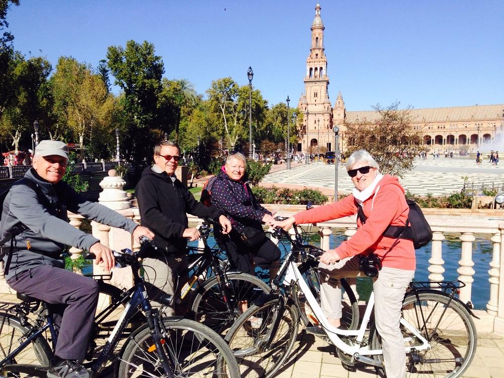 Bike tour Sevilla. Plaza de España 2