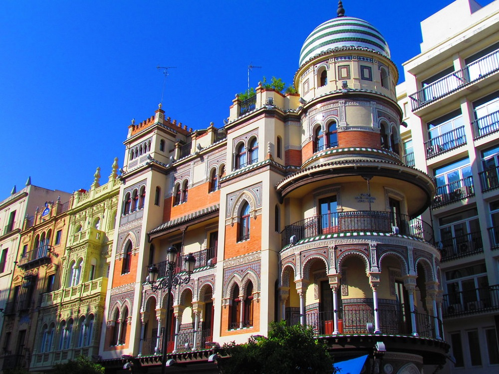 Sightseeing Stadtrundgang Sevilla. Plaza Nueva