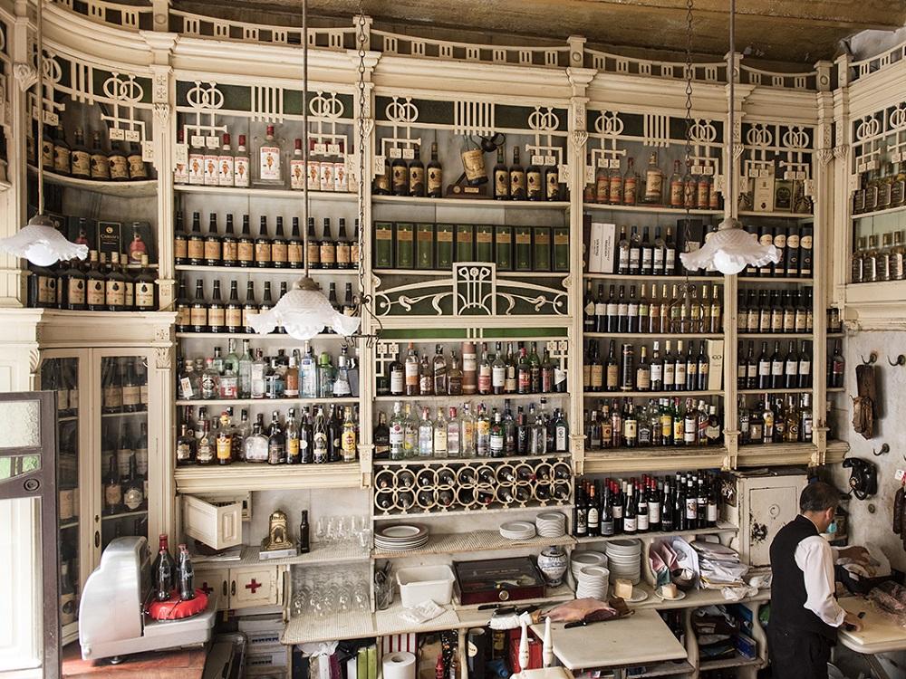 Tapas Tour und Sightseeing in Sevilla, Bar El Rinconcillo
